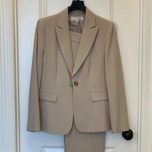 TAHARI Pant Suit Sz 10